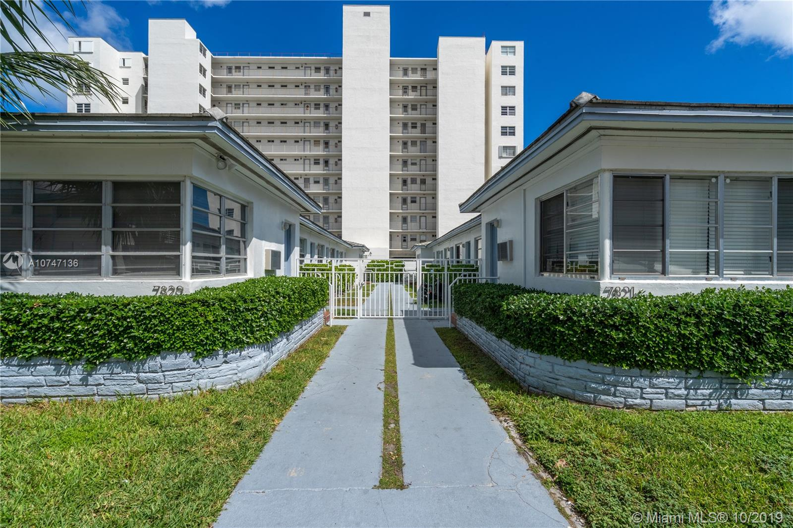 7821  Carlyle #4 For Sale A10747136, FL