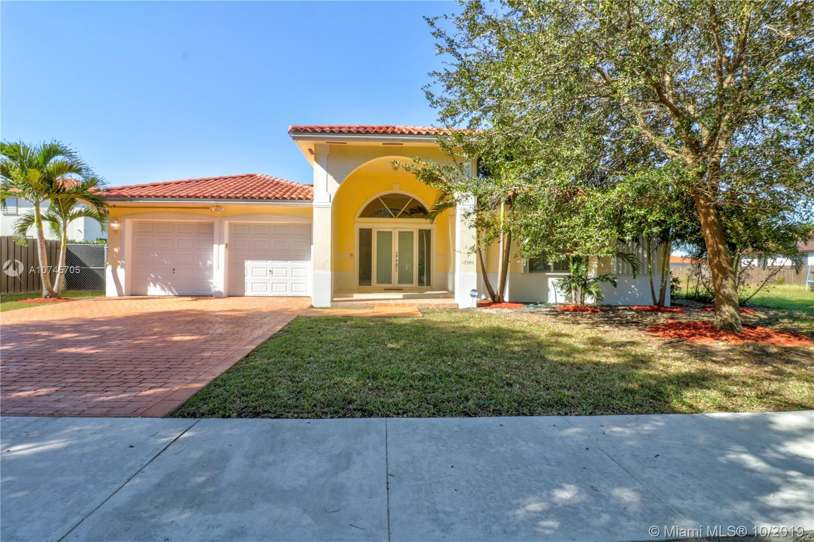 17340 SW 92nd Ct  For Sale A10745705, FL