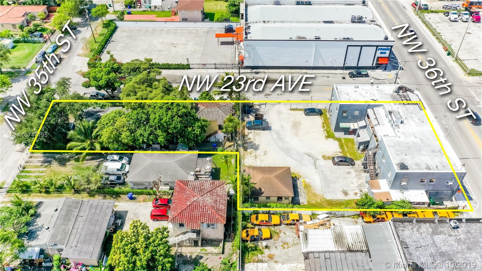 3599 NW 23 Avenue  For Sale A10747195, FL
