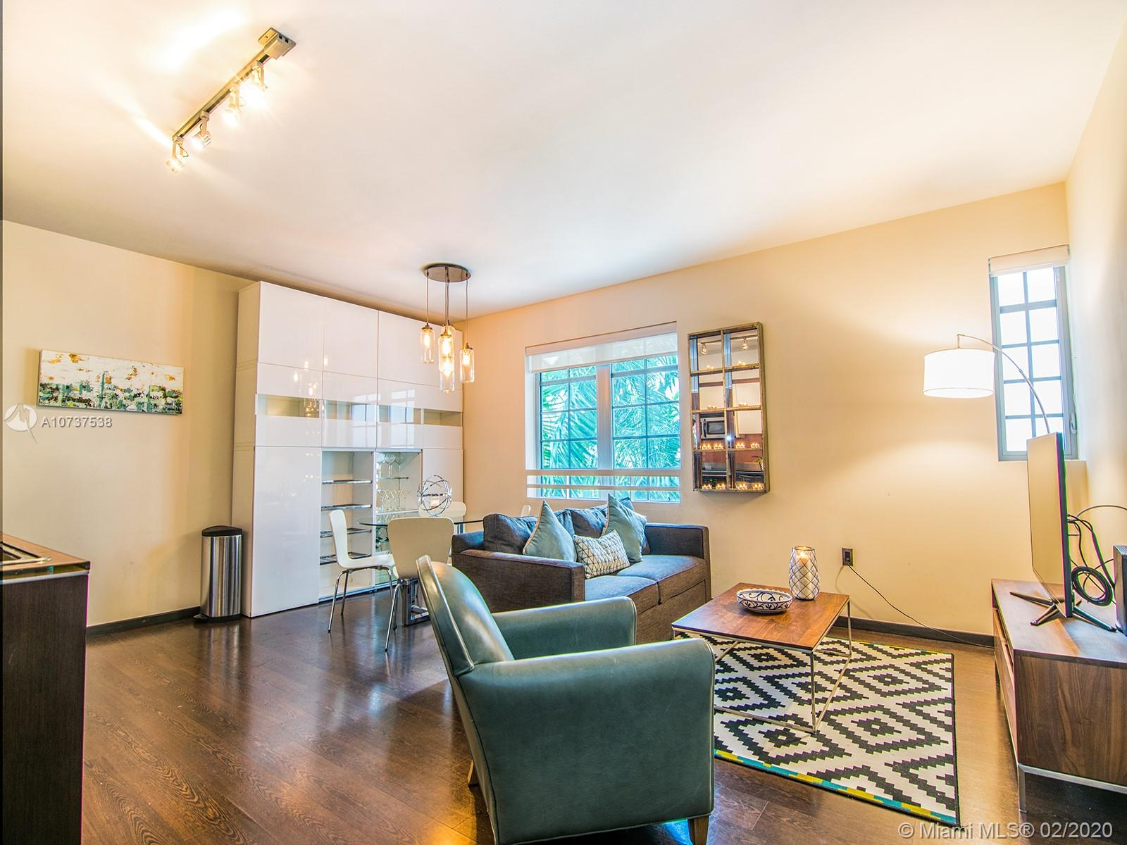 435  21st St #322 For Sale A10737538, FL
