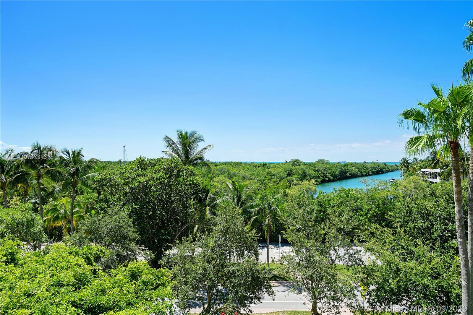 1121  Crandon Blvd #E308 For Sale A10747316, FL