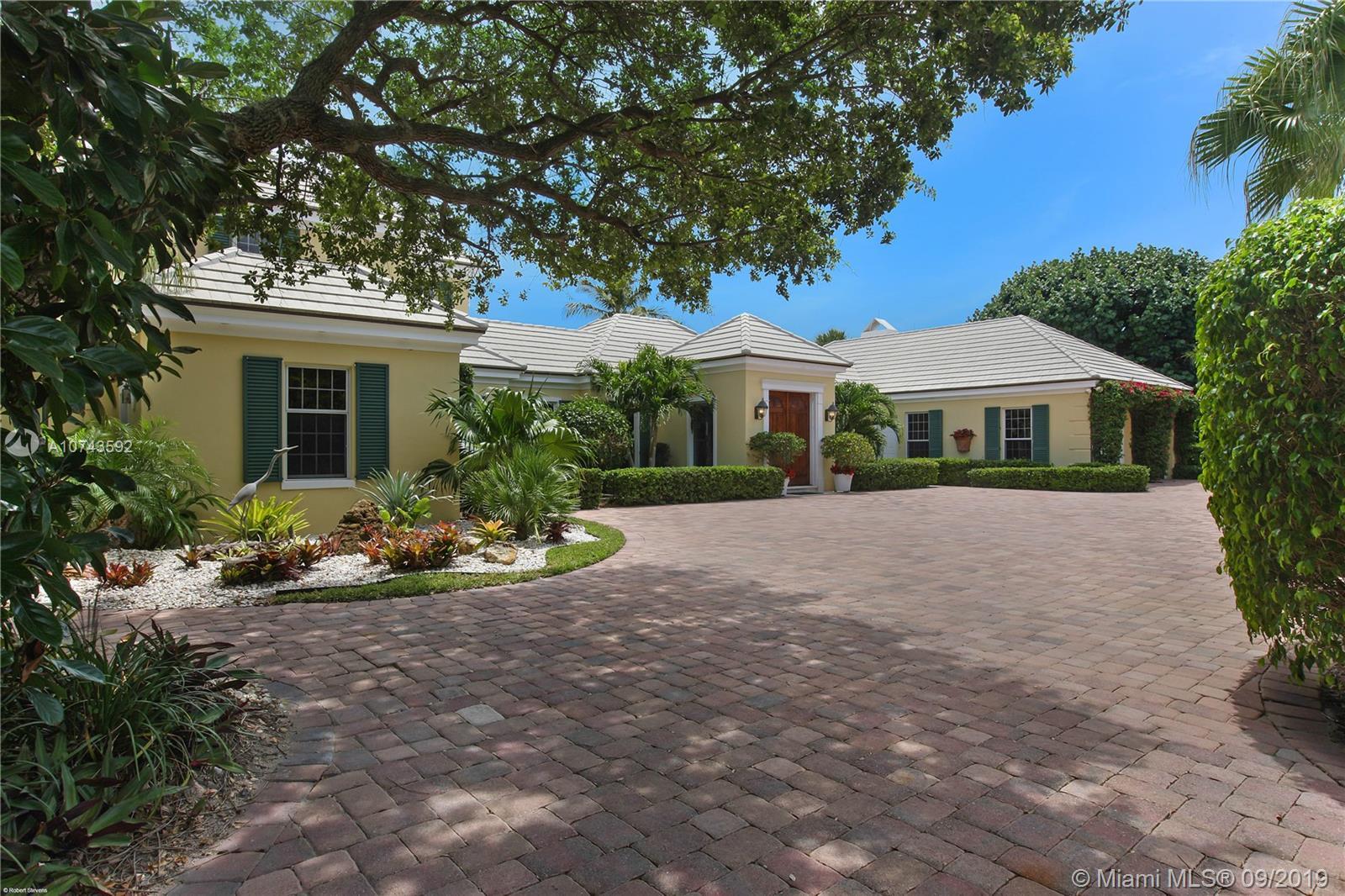 123 Gomez Rd, Hobe Sound, FL 33455
