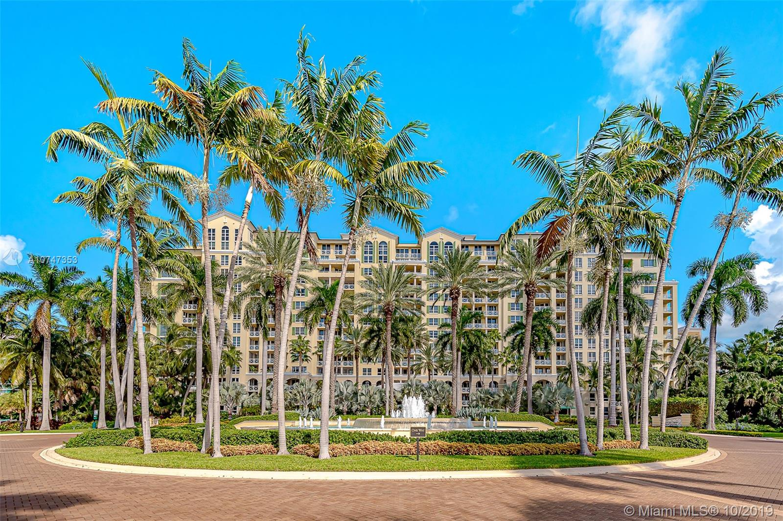 445  Grand Bay Dr #807 For Sale A10747353, FL
