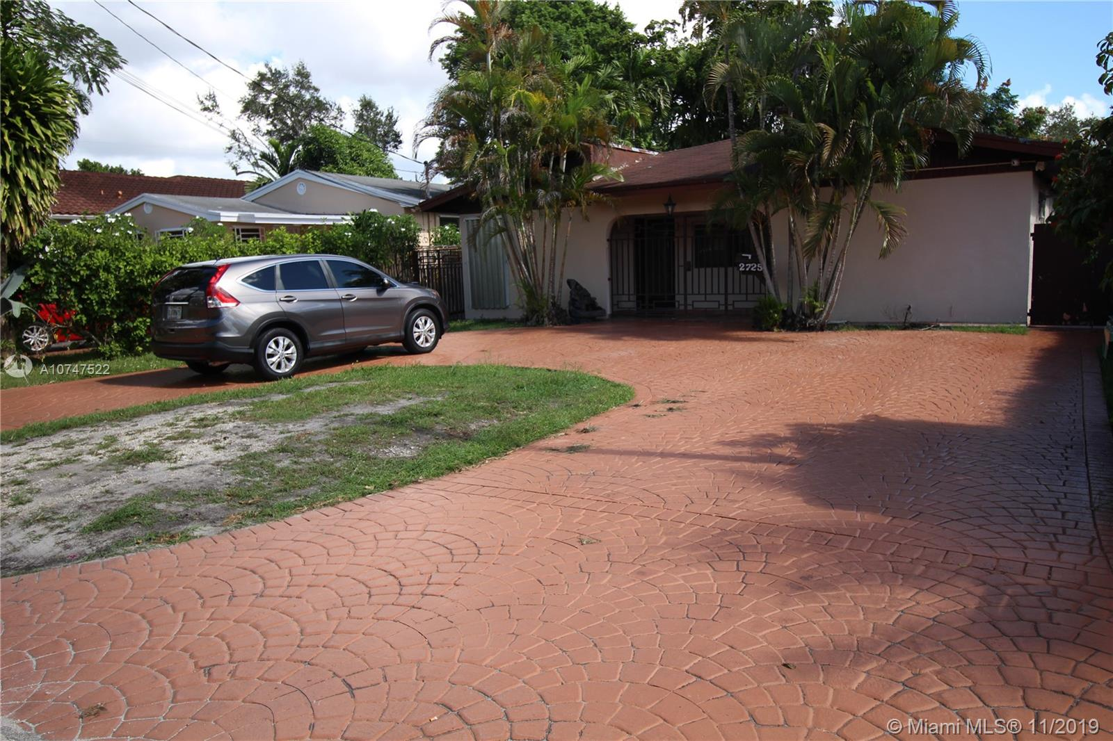 2725 SW 64th Ave  For Sale A10747522, FL