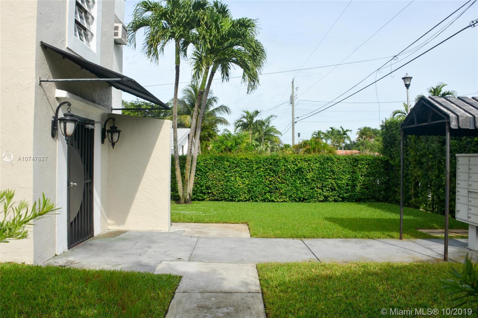 11520 NE 6th Ave, Biscayne Park, FL 33161