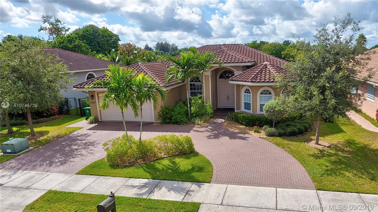 8282 SW 51st Street  For Sale A10746739, FL