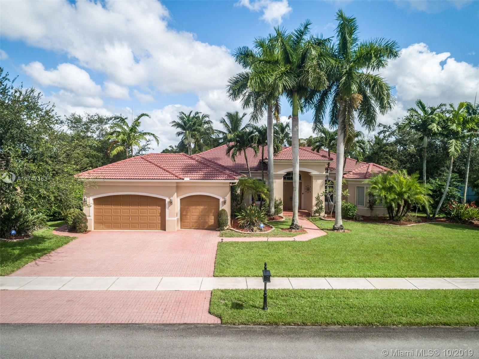 13801 SW 39th St  For Sale A10747183, FL