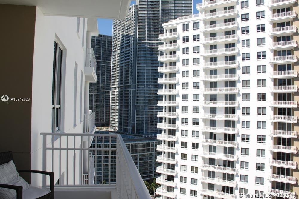 JAW-DROPPING RENEWED PENTHOUSE. ONE OF THE LARGEST IN BRICKELL KEY. EXCELLENT DISTRIBUTION OF SPACES. 3 BEDROOMS, 3 1/2 BATHROOMS OVERLOOKING THE BAY & MIAMI SKYLINE FROM EVERY ROOM, INCLUDING 2 BALCONIES, 2 PARKING SPACES AND STORAGE.