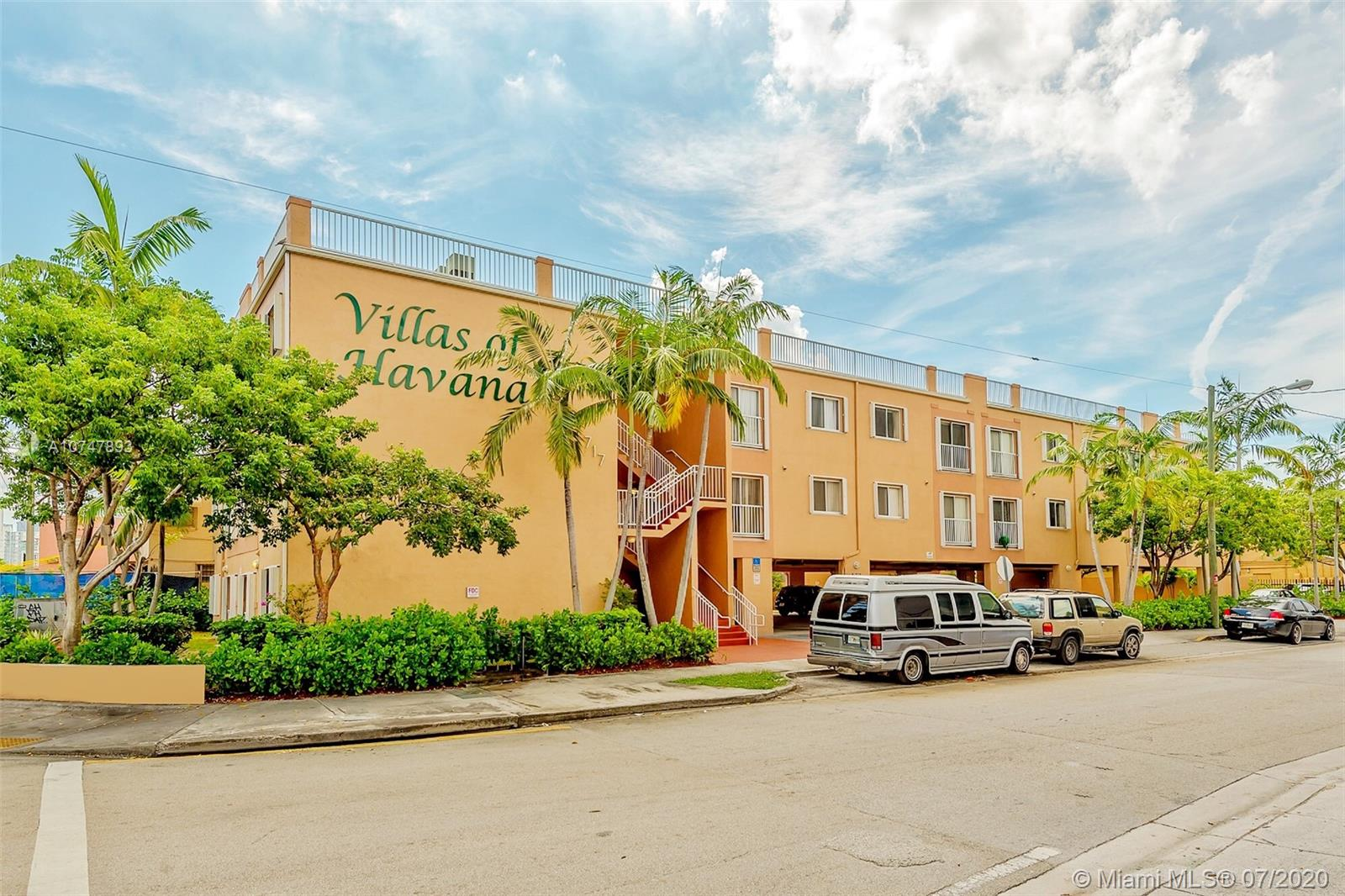 717 SW 11 AVE #302 For Sale A10747893, FL