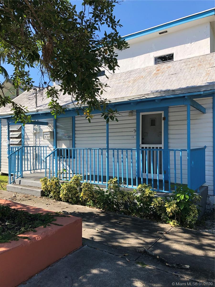 Classic Bahamian inspired CONCH house in historic West Coconut Grove.  Home features 3 bedrooms/2 baths and is centrally located just minutes away from all of the Coconut Grove hot spots.  Priced as one of the cheapest single family homes in all of 33133. Needs TLC and is an investor / handyman's special. Property is in probate and has been designated historic by the City of Miami Preservation Board.