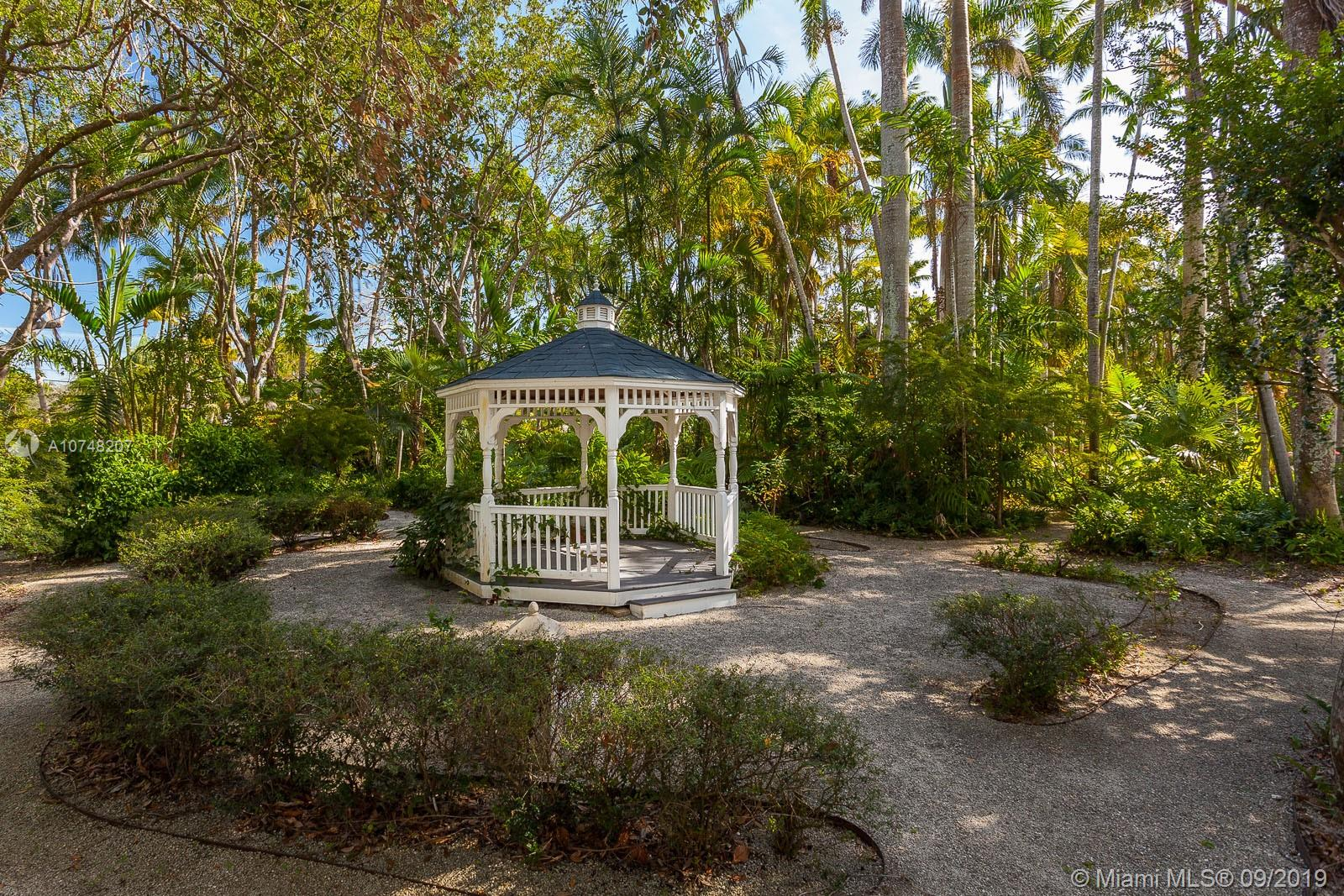 10090 SW 67th Ave  For Sale A10748207, FL