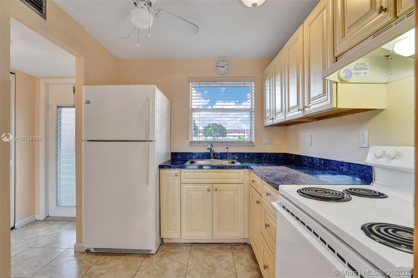 2721 N Pine Island Rd #106 For Sale A10748209, FL