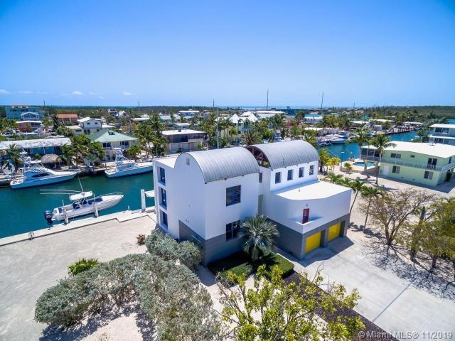 129 Leoni Dr, Other City - Keys/Islands/Caribbean, FL 33036