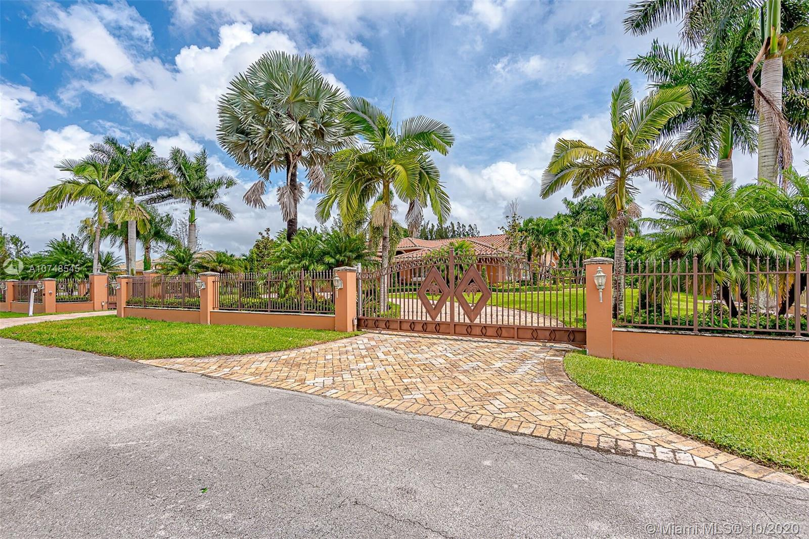 4001 SW 139th Ave  For Sale A10748545, FL