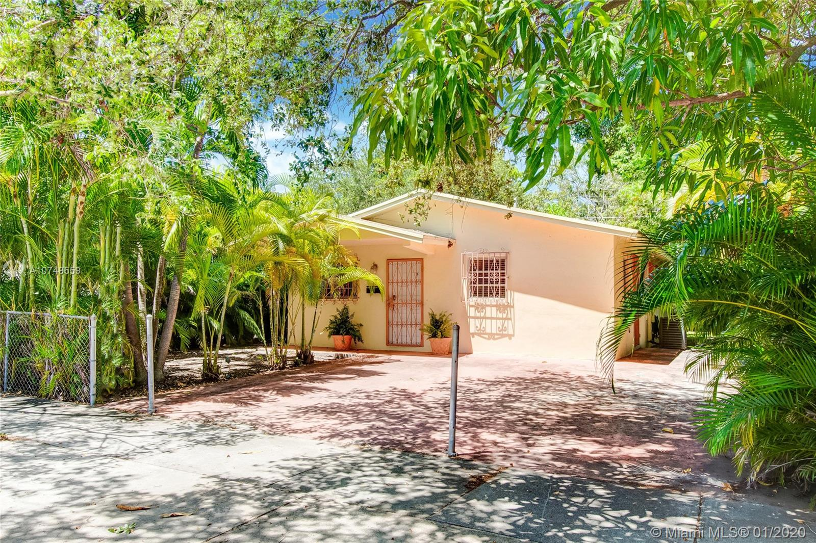 77 N E 43rd St  For Sale A10748559, FL