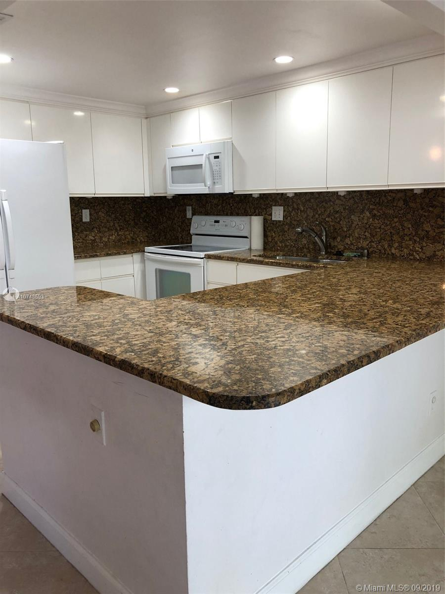 2605 N 40th Ave #A-7 For Sale A10748593, FL