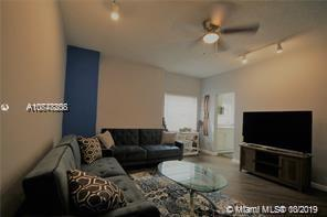 215  30th St #10 For Sale A10748808, FL