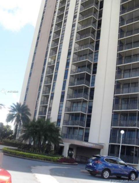 20379 W Country Club Dr #537 For Sale A10748840, FL