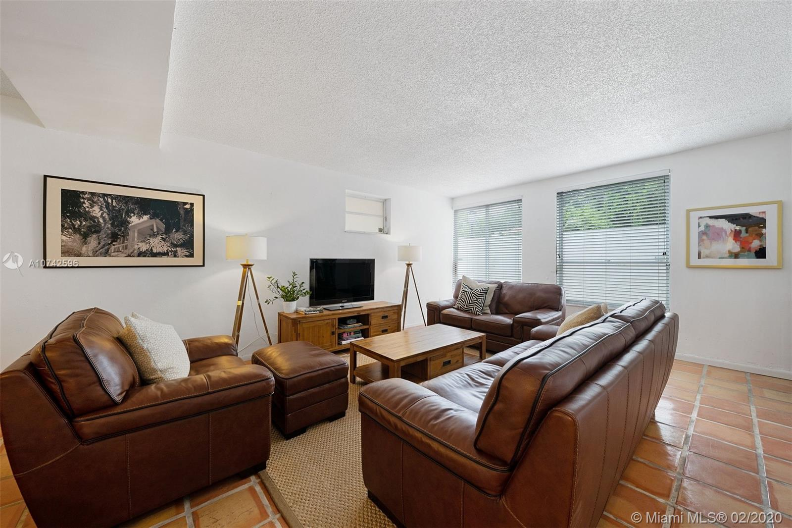 2679  Tigertail Ave #A For Sale A10742596, FL