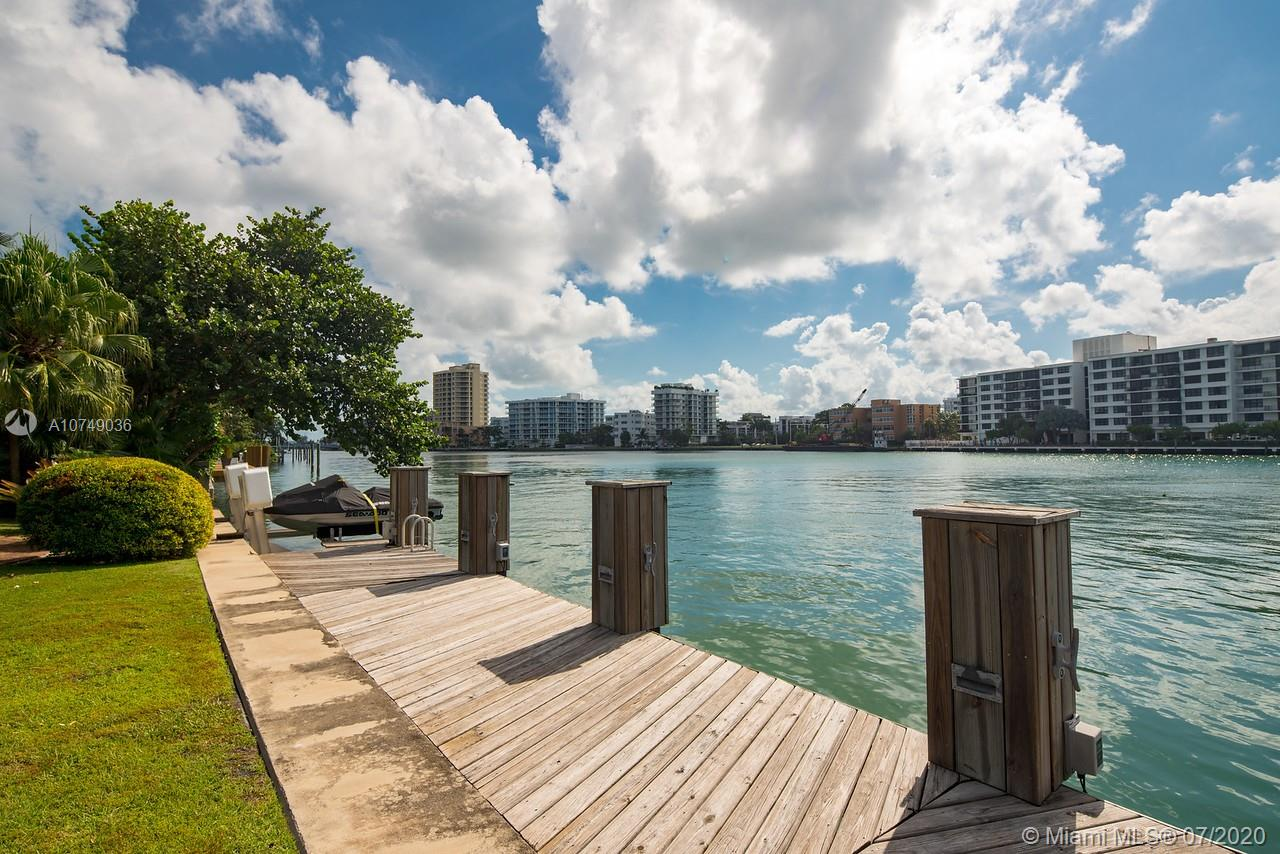 148  Bal Bay Dr  For Sale A10749036, FL