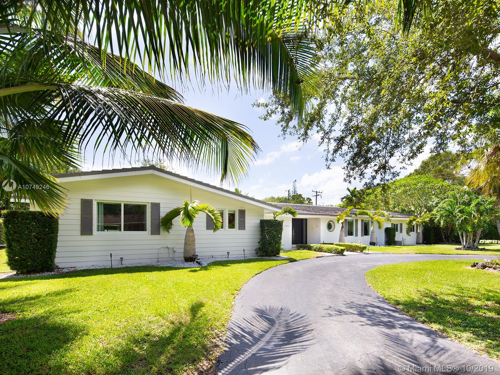 7690 SW 133rd St  For Sale A10749246, FL