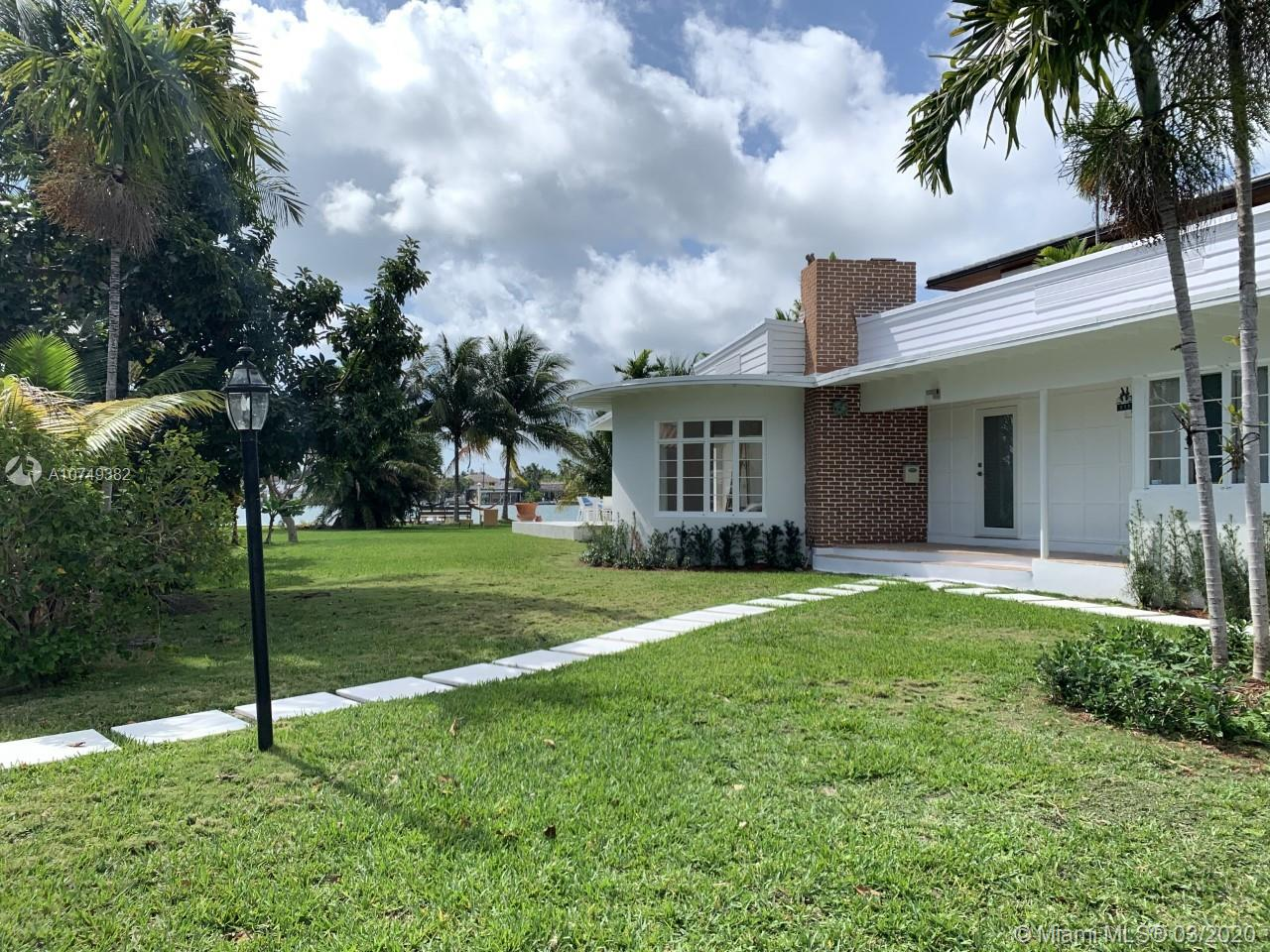 900  88th St  For Sale A10749382, FL
