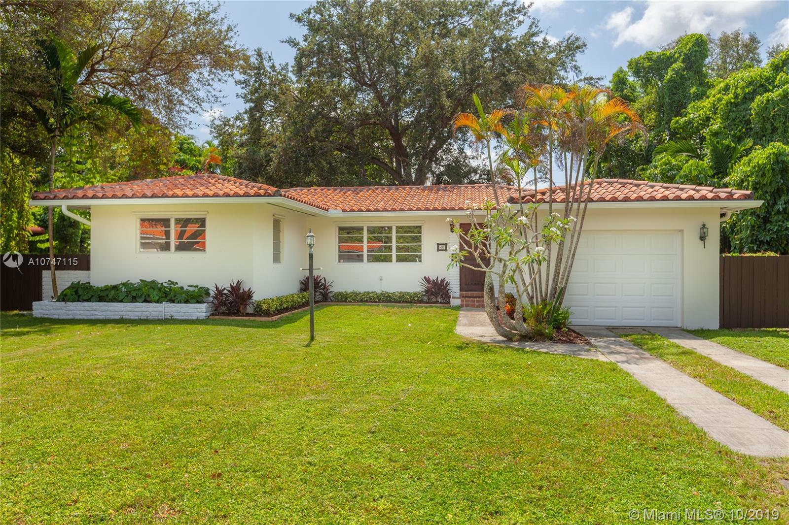 40 NW 102nd St  For Sale A10747115, FL