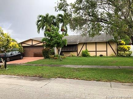 13511 SW 98th St  For Sale A10749683, FL