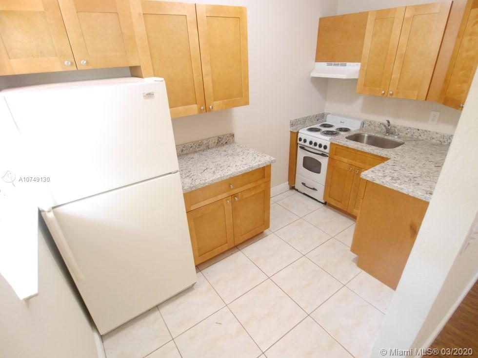 6555 S W 59th Pl #4 For Sale A10749130, FL
