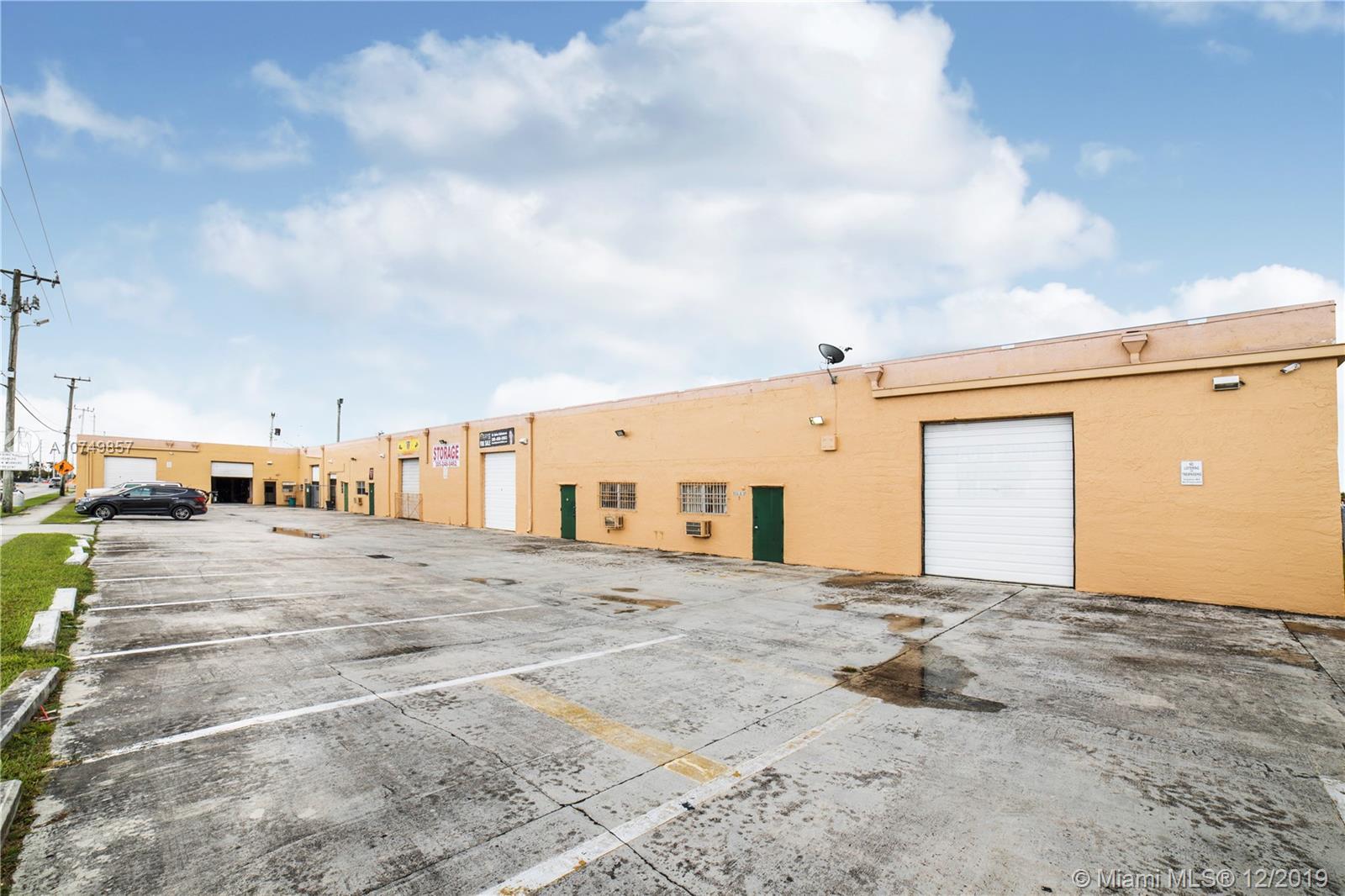5 E Lucy St, Florida City, FL 33034