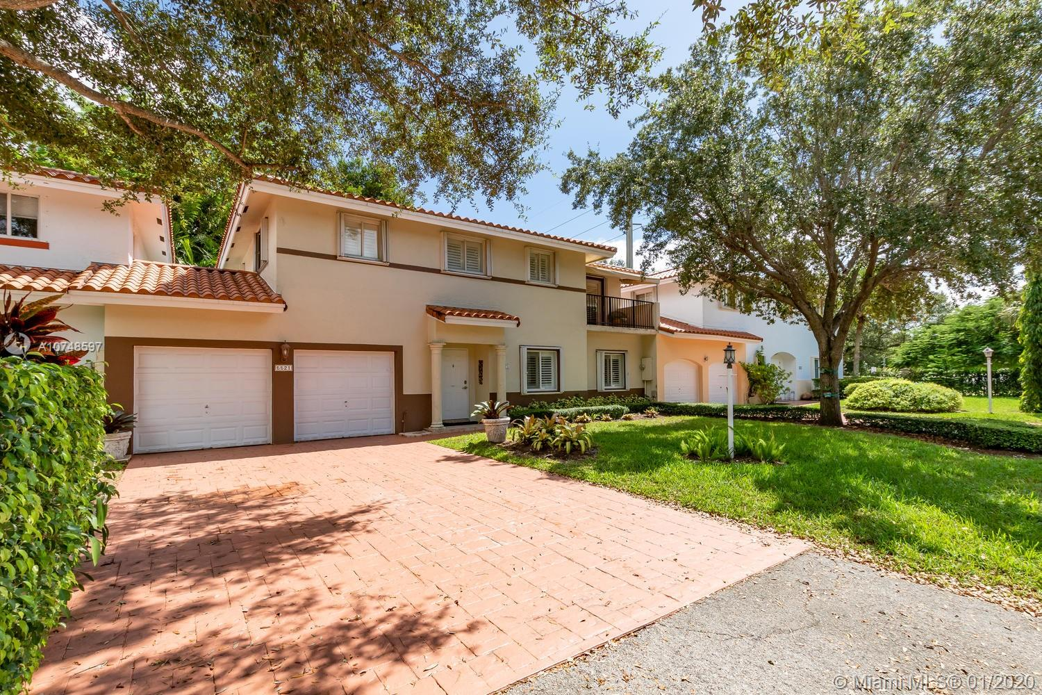 5521 SW 65 Ct  For Sale A10748597, FL