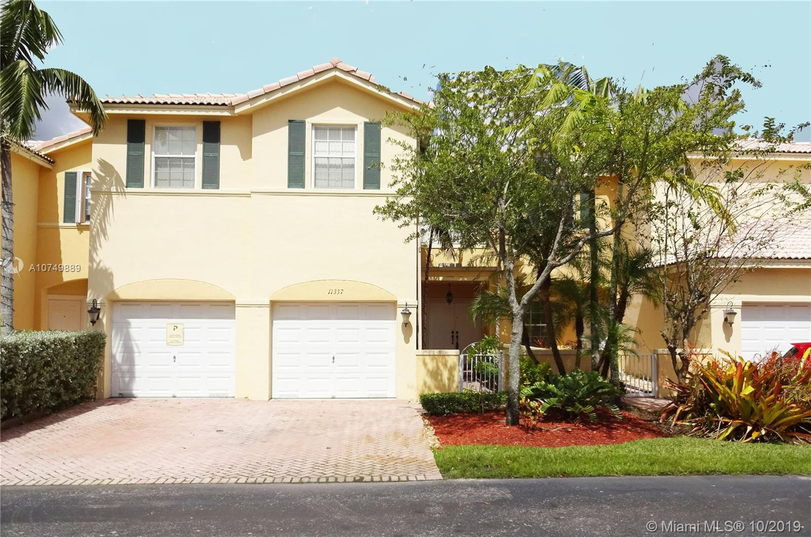 11337 NW 55 LN  For Sale A10749889, FL