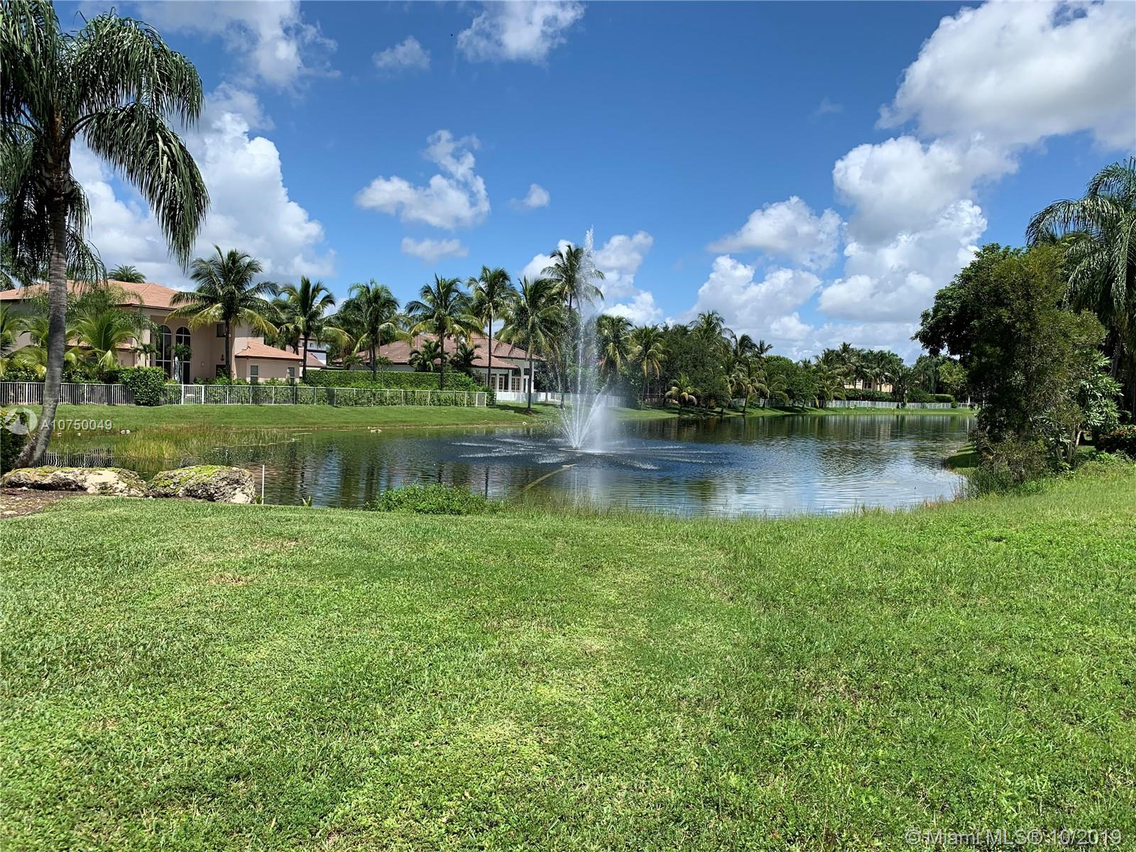 632 SW Enclave Cir  For Sale A10750049, FL