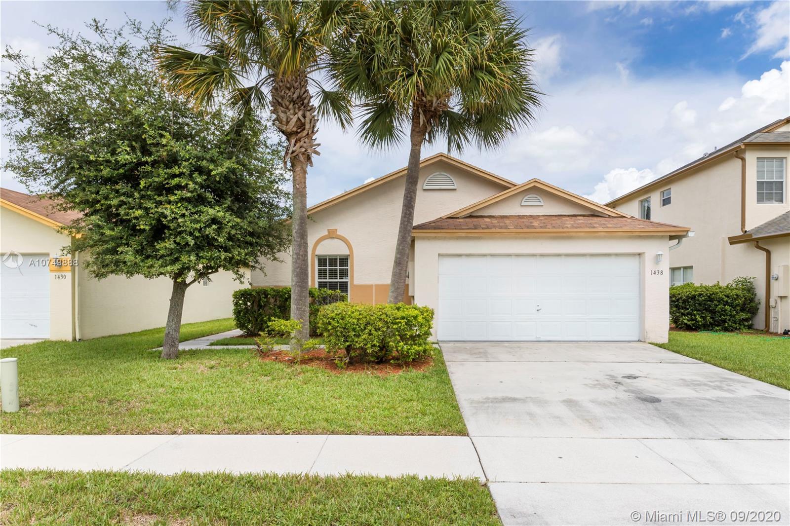 1438 Red Apple Ln, West Palm Beach, FL 33415