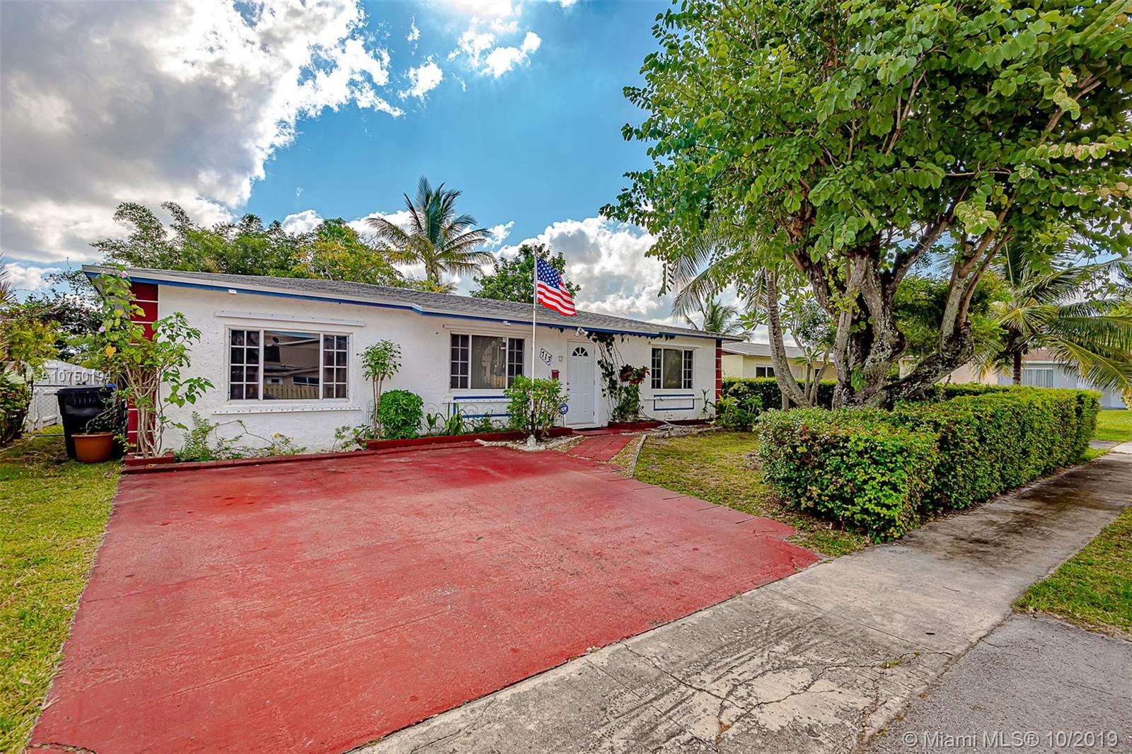 713 SW 79th Ter, North Lauderdale, FL 33068