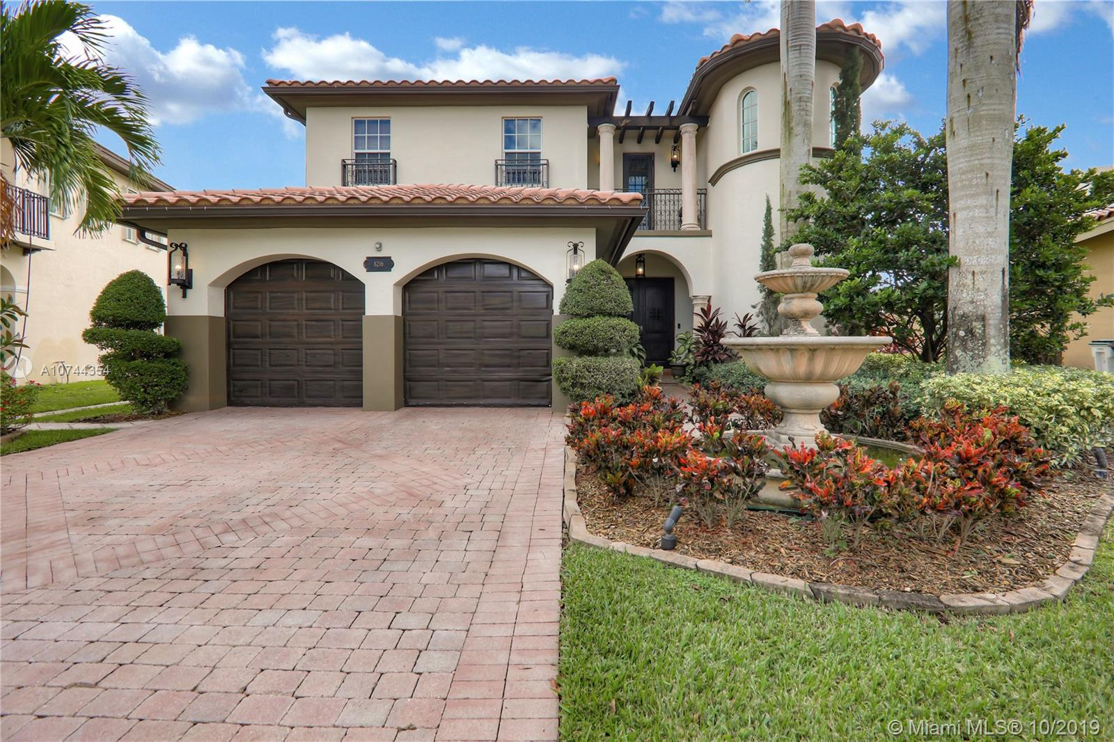 8216 NW 105th Ln  For Sale A10744354, FL