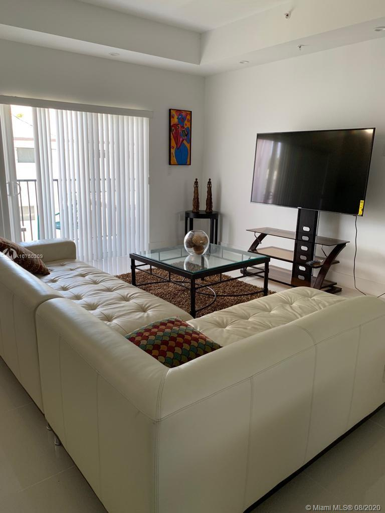 1813  Madison St #6 For Sale A10750309, FL