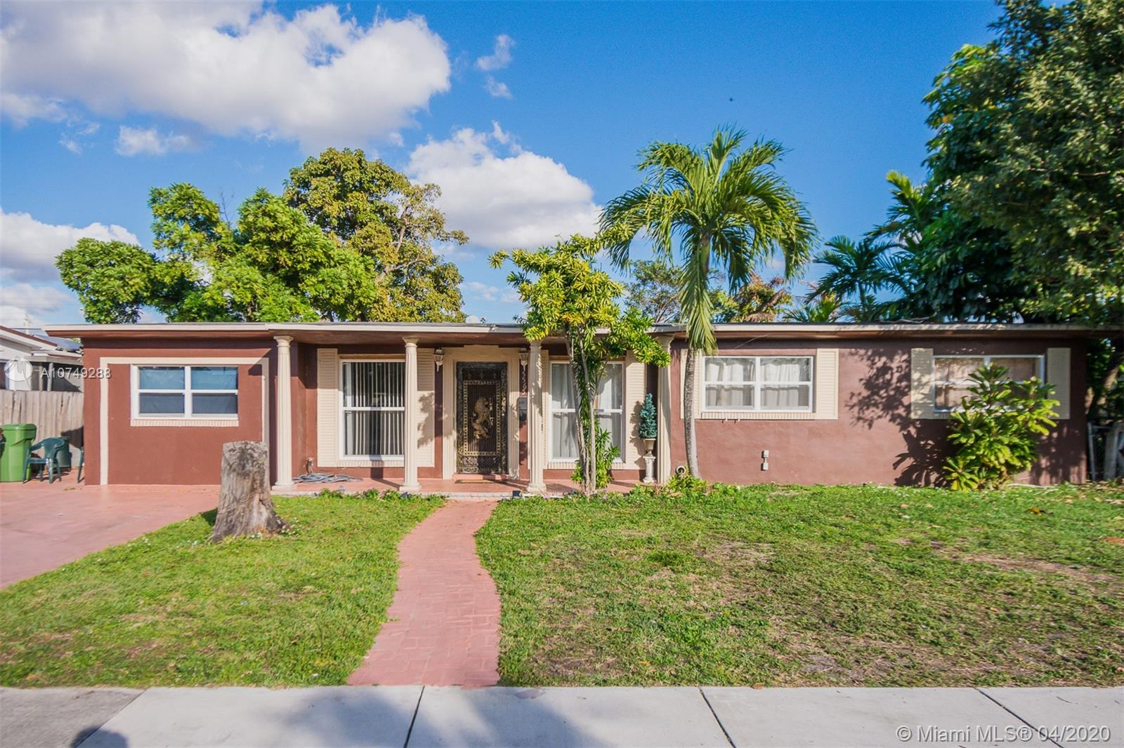 5565 W 12th Ct  For Sale A10749288, FL