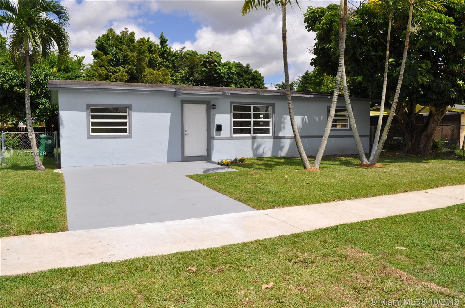 13441 SW 267th St  For Sale A10750349, FL