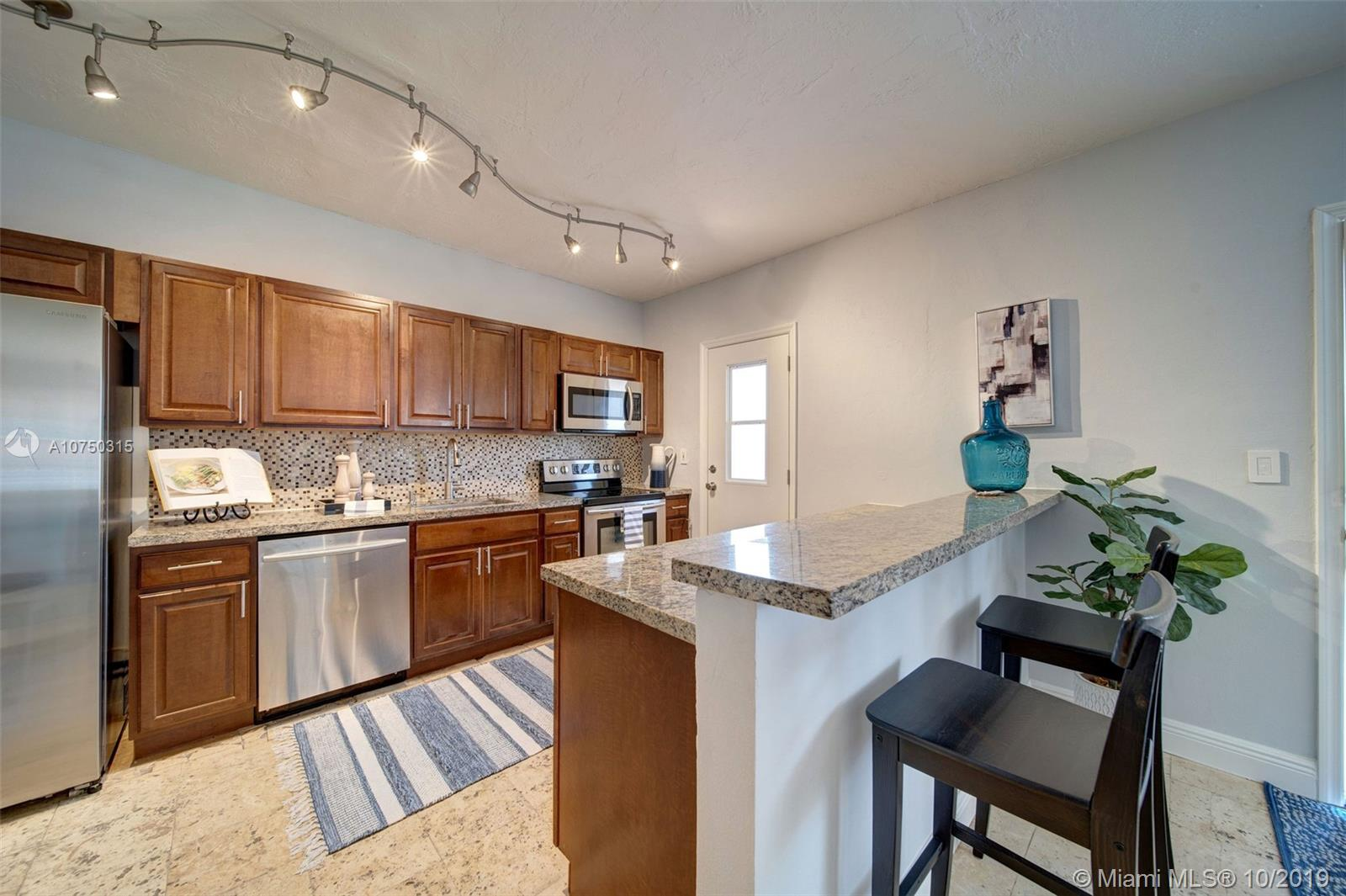 2924  Day Ave #N314 For Sale A10750315, FL