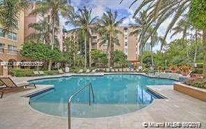 19655 E Country Club Dr #6102 For Sale A10750516, FL