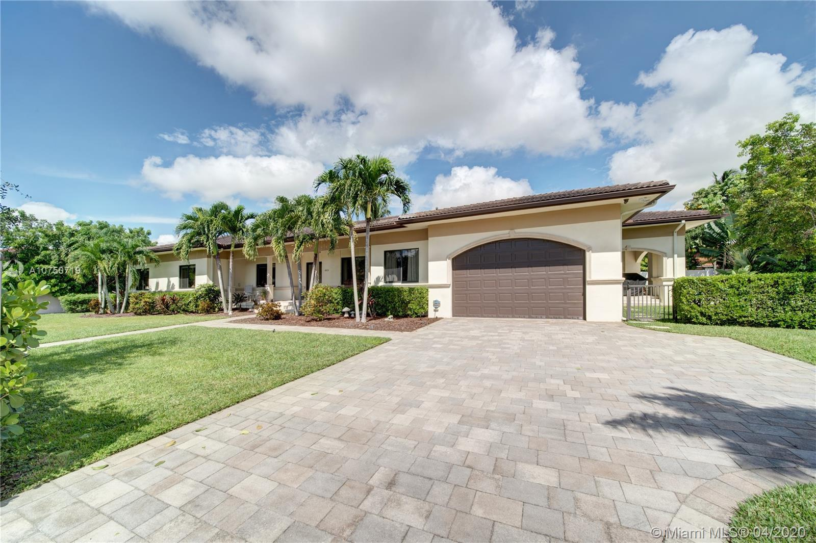 9575 S W 101st Ter  For Sale A10750719, FL