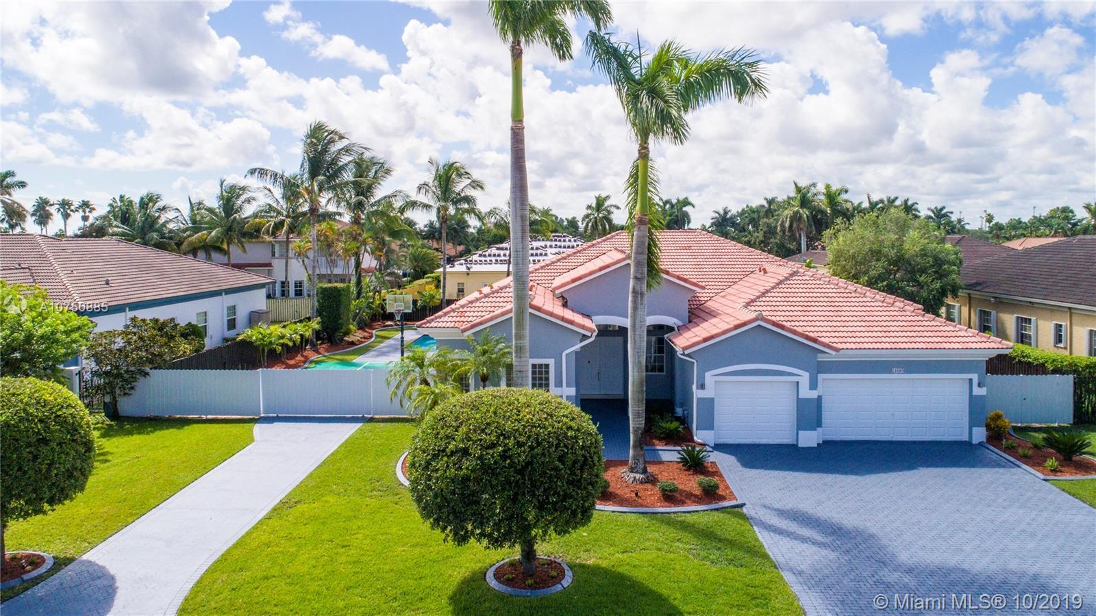 12580 SW 76th St, Miami, FL 33183