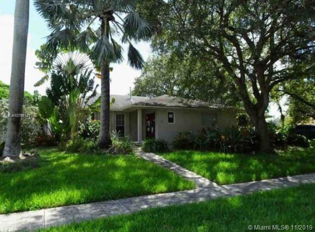 18301 SW 87th Ave  For Sale A10751141, FL