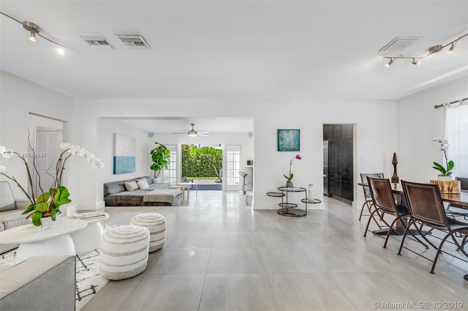8958  Dickens Ave  For Sale A10749647, FL