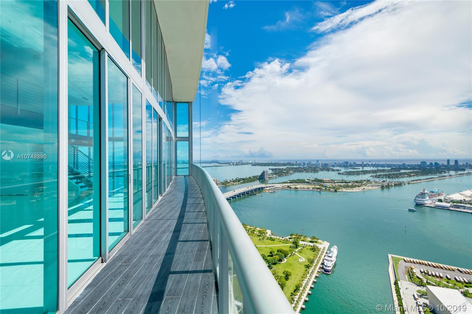 888  Biscayne Blvd #PH5708 For Sale A10749890, FL