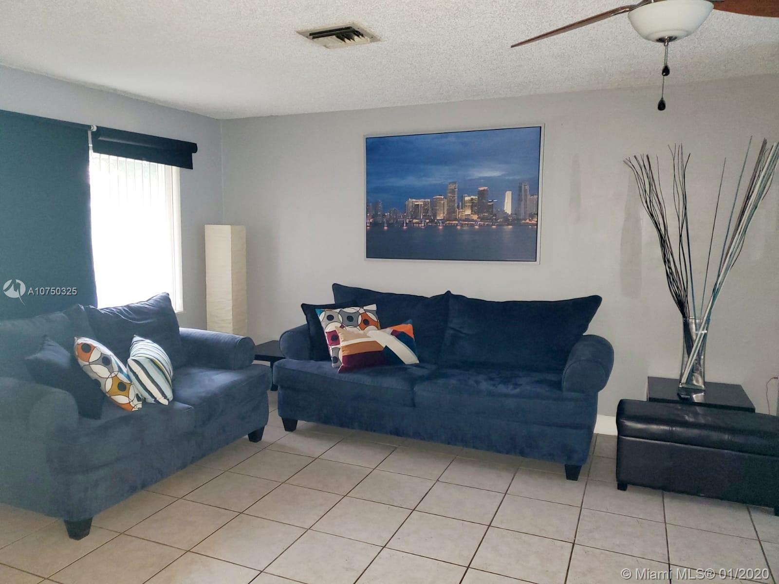 523 SW 72nd Ter, North Lauderdale, FL 33068