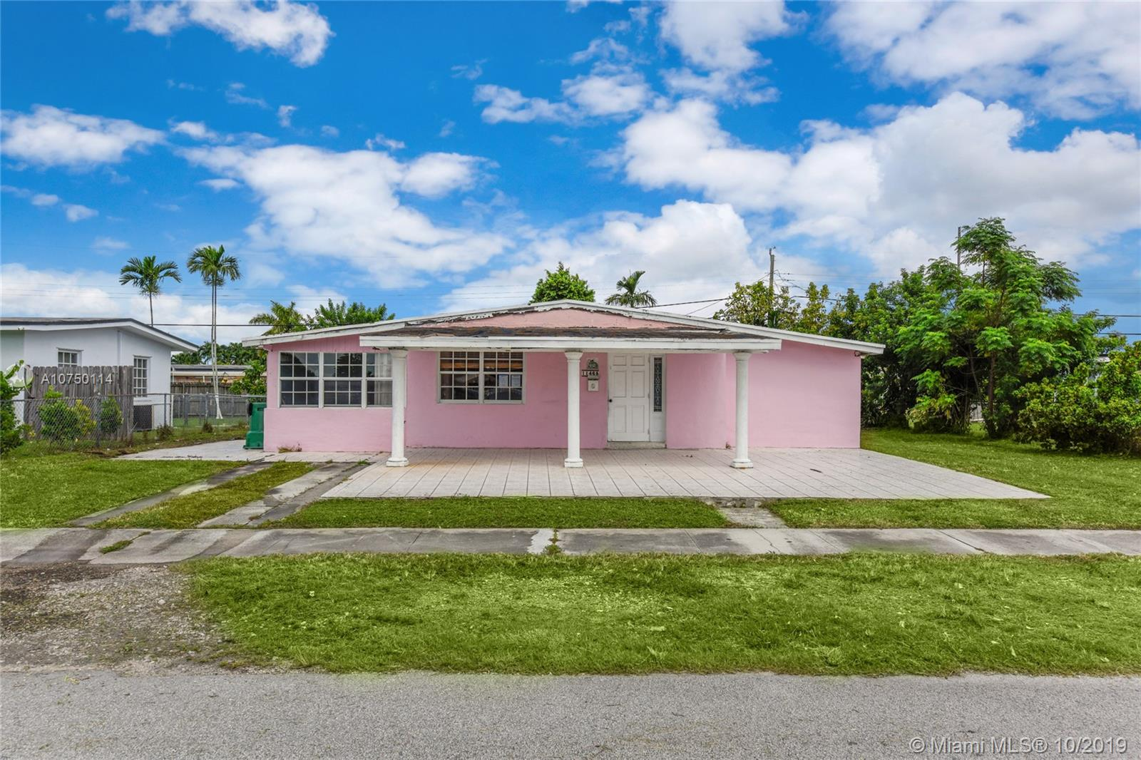 11465 SW 43rd Ln  For Sale A10750114, FL
