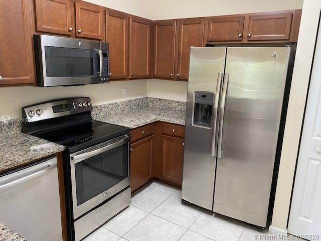 8740 NW 97th Ave #208 For Sale A10751372, FL