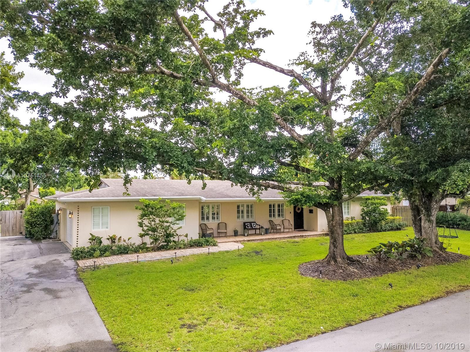 9405 SW 92nd St  For Sale A10751455, FL